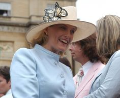The Countess of Wessex at a Garden Party  © Buckingham Palace Press Office