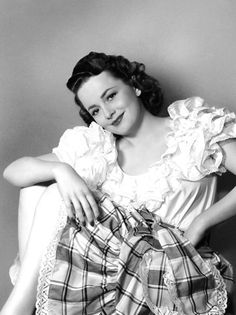 "summers-in-hollywood: ""Olivia de Havilland, 1940s """