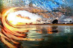 Wellen bei Hawaii