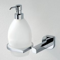 LEAF #bathroom #design #accessories #collection #chrome #productdesign #ErvasBasilicoGirardi #furniture