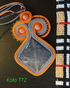 #biżuteria #ręcznierobiona #sutasz #soutache #agat #szary #pomarańczowy #naszyjnik Koło Technik Trochę Zapomnianych: KURA WSPIERA - MARCOWA WYLĘGARNIA KUR