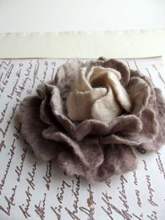 Shop for felt flowers on Etsy, the place to express your creativity through the buying and selling of handmade and vintage goods. Cloth Flowers, Faux Flowers, Diy Flowers, Fabric Flowers, Paper Flowers, Felted Flowers, Felt Crafts Diy, Felt Diy, Wet Felting