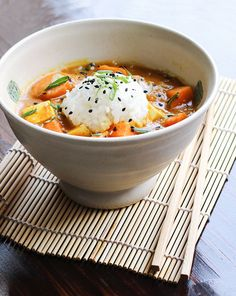 Vegan Japanese curry with tofu and Hokkaido squash. Learn how to make curry roux from scratch! | recipe by Maikin mokomin