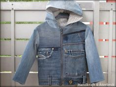 Upcycled jean jacket with hood. Handkraft & Återbruk -