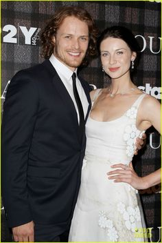 Sam Heughan & Caitriona Balfe Are Picture Perfect at 'Outlander' Screening | sam heughan caitriona balfe picture perfect at outlander screen...