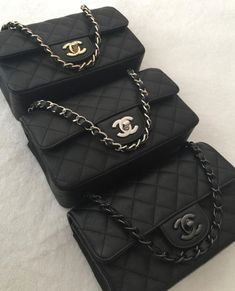 Here is a world of the best chanel replica outlets where you can find all kinds of new stylish and high quality Chanel replica designer products. In the modern life, you want to own a bag suitable to your tastes. No doubt, Chanel Hunter is your best choi Chanel Handbags, Fashion Handbags, Purses And Handbags, Fashion Bags, Chanel Bags, Spring Handbags, Gucci Purses, Cheap Handbags, Chanel Boy Bag