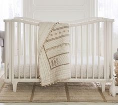 Find gender neutral crib bedding at Pottery Barn Kids. Design your nursery even if you don't know the sex of your baby with gender neutral bedding. Pottery Barn Nursery, Pottery Barn Kids, Quilt Bedding, Linen Bedding, Bed Linen, Gold Bedding Sets, Bed Lights, Baby Bedding Sets, Neutral Baby Bedding