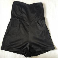 Black romper For ever 21 romper in great shape Dresses