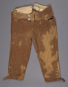 Breeches  Category:  Textiles (Clothing)    Place of Origin:  England, United Kingdom, Europe    Date:  1775-1810    Materials:  Cotton    Museum Object Number:  1967.1484