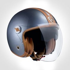 The X70 Groovy is a tri-composite vintage looking helmet with a long bubble visor and internal sun visor.