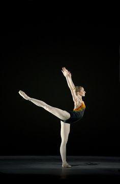Melissa Hamilton in Tryst, The Royal Ballet © ROH/Bill Cooper, 2010