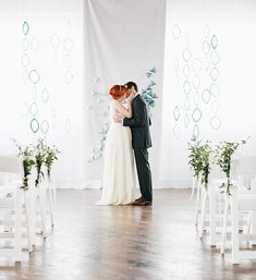 We love it when creatives take an object, concept or theme that they adore, and translate it into a fresh + beautiful source of wedding inspiration. The talented team behind today's lovely styled shoot took influence from the sculptures + works ofSpanish architectAntoni Gaudí, and we're crazy about the minimal, geometric-inspired environment they created! The...