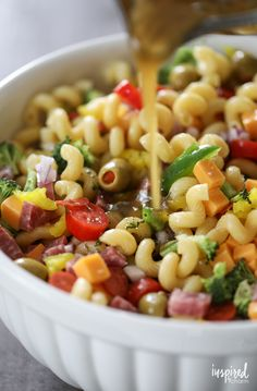 Really Good Pasta Salad recipe packed with flavor and perfect for summer enterta. Really Good Pasta Salad recipe p. Best Macaroni Salad, Best Pasta Salad, Easy Pasta Salad Recipe, Pasta Recipes, Cooking Recipes, Healthy Recipes, Spagetti Salad Recipes, Pasta Salad For Kids, Macaroni Salads