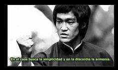 ¿Quién fue en realidad Bruce Lee? . Probablemente fuera muchas cosas, pero ante todo fue uno de los mayores emprendedores de la historia , u...