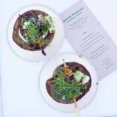 Ihana ilta Taste of HelsingissäFoodie night . . #tasteofhelsinki #tasteofhelsinki2018 #tasteofhelsinkiambassador #yhteistyö #TOH2018 #laatuaikaa #ravintola #ruokakuva #myhelsinki #helsinkirestaurants #visithelsinki #heleats #ruokablogi #nelkytplusblogit #foodie #foodphoto #summerfood #flatlayfood