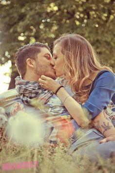 Love Session http://fotopopart.it  #engagement #brescia #fotografia #photography #prima del matrimonio #servizio fotografico #innamorati #coppia #amore