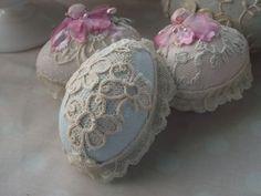 lace eggs..love lace!!!