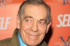 "Morley Safer, the longest-serving correspondent on ""60 Minutes,"" will step down this week from the CBS newsmagazine, the company's CBS News unit announced Wednesday, and will be celebrated this com…"