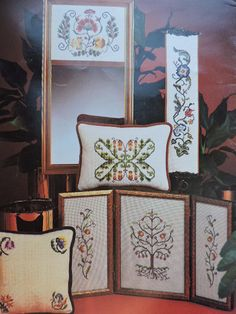 Needlepoint Patterns, Cross Stitch Patterns, Cool Patterns, Vintage Patterns, Costume Patterns, Jacobean, Home Accents, Gallery Wall, Chart