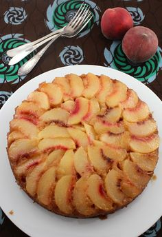 THE ULTIMATE CARAMELIZED PEACH UPSIDE DOWN CAKE