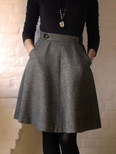 best and stylish business casual work outfit for women 33 Mode Vintage, Vintage Goth, Vintage Skirt, Vintage Sewing, Winter Dresses, Dress Winter, Winter Outfits With Skirts, Winter Tights, Winter Skirt Outfit