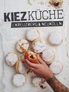 """Kochbuch, Stadtführer und Geschichten-erzähler - """"Kiezküche - Kreuzberg & Neukölln"""" bringt das volle Kiezgefühl auf den Tisch."""