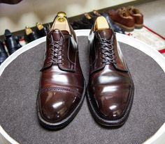 Alden 並べるとラストが違いがわかって楽しいです #alden #shoes #shoecare #mensshoes #modifiedlast #lexingtonlast #オールデン #紳士靴 #革靴 #靴磨き #シューケア #モディファイドラスト #レキシントンラスト
