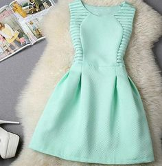 """Item Type: dress Material: Polyester Sleeve Length: Sleeveless Sleeve Style: Standard Collar: round neck Pattern: solid color Style: Fashion Size: XS (US size) Bust: 31-33"""", Waist: 23-25"""", Hips: 33-35"""