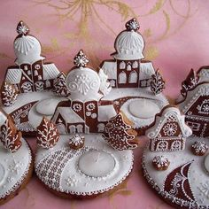 Holiday Cookies That Are Better Than You - Jingle Bells Gingerbread Village, Christmas Gingerbread House, Noel Christmas, Christmas Goodies, Christmas Treats, Christmas Baking, Gingerbread Cookies, Fancy Cookies, Iced Cookies