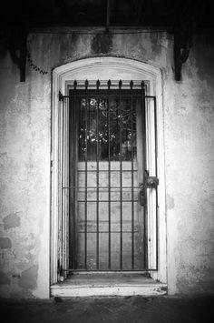 Photo by Amy Larson // Downtown Savannah Downtown Savannah, Savannah Chat, Monochrome, Amy, Beautiful, Monochrome Painting