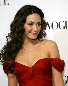 Emmy Rossum Long Curls - Emmy Rossum looked just like a princess with her flowing curls and off-the-shoulder dress during the Teen Vogue Young Hollywood party. Emmy Rosum, Ella Enchanted, Makeup Trial, Long Curls, Hollywood Party, Teresa Palmer, Billie Piper, Beautiful Actresses, Beautiful Celebrities