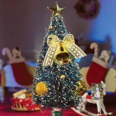 Green Fibre Optic Christmas Tree in miniature