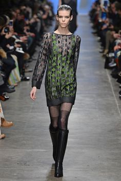 Missoni RTW Fall 2013 - Slideshow - Runway, Fashion Week, Reviews and Slideshows - WWD.com