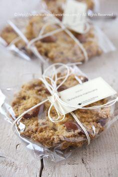 Torta sbrisolona in versione mini Bake Sale Packaging, Baking Packaging, Bread Packaging, Cookie Packaging, Food Packaging Design, Christmas Cookies Gift, Inexpensive Christmas Gifts, Diy Food Gifts, Dessert In A Jar