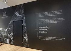 Entwurf und Umsetzung: OLD YELLOW. Kunde: Thyssenkrupp. Die Schrift und Illustrationen sind komplett mit Kreide umsesetzt. Dieses Projekt hat sehr viel Spaß gemacht. Auf der IAA 2017 stach dieser Messestand von den anderen durch die lockeren Grafiken ab. #chalk #drawing #lettering #typography #illustration for #iaa2017 #iaa #iaafrankfurt #messefrankfurt #thyssen #teamtk #thyssenkrupp #tkgoesiaa #autonomousdriving #futurefactory #olyellow #oldyellowberlin #creativestudio