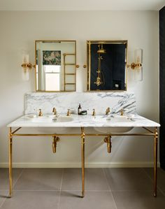 Gleaming polished brass & a soft white marble: Our double Lowther vanity basin suite with a hand-carved marble surface is all hand-made to ensure the highest quality. Resting on a solid brass frame with tapered legs and a horizontal bar to hold your towels, this marble unit is sure to stand out in any bathroom. Modern Bathroom Design, Bathroom Interior Design, Bathroom Designs, Interior Modern, Kitchen Design, Bathroom Trends, Bathroom Ideas, Bathroom Goals, Bathroom Inspo