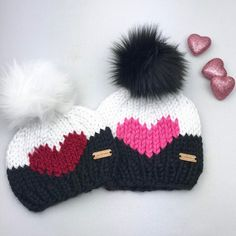 Knit Big Heart Beanie with Removable Faux Fur Pom Pom - Chunky Knit Hat - Heart Beanie - All Sizes - Gift for Her -, Diy Abschnitt, Crochet Gifts, Knit Crochet, Black And White Hats, Knitted Heart, Valentines Day Gifts For Her, Faux Fur Pom Pom, Beanie Pattern, Crochet Accessories, Knit Beanie