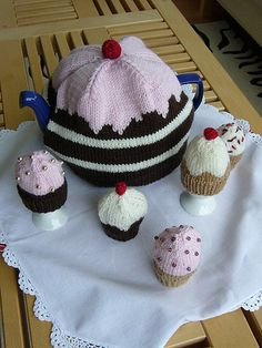 Ravelry: Cup Cake Egg Cosies pattern by fourchette