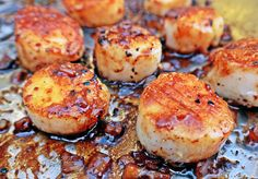 Pan-Seared Scallops with White Wine-Shallot Reduction