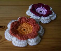 Set of 2 crocheted applique threecolors by MotivesAndPatterns, $5.99