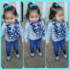 Prints and boots♥ #babyootd #babyswag #infinityscarf #leopardboots #fashiongirls #keilanaface