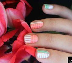 Pastel striped manicure