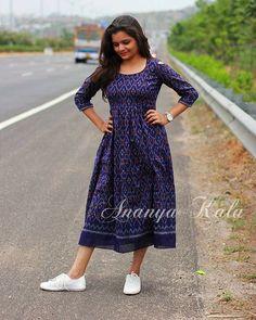 Arsalan kham Kalamkari Dresses, Ikkat Dresses, Long Gown Dress, Frock Dress, Indian Designer Outfits, Indian Outfits, Frock Fashion, Fashion Dresses, Stylish Dresses