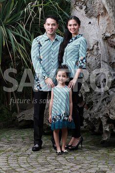 Baju sarimbit (pasangan) phillip (ayah), Feli (ibu) & tesila (anak), pas untuk keluarga kecil bahagia  Nb: untuk info lebih lanjut bisa koment ke komunitas PT.Savero Fashion & AIKENware