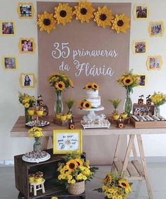 Pegue e Monte - Girassol Dining Room Decor dining room buffet decorating ideas Sunflower Birthday Parties, Sunflower Party, Sunflower Baby Showers, 30th Party, Birthday Party Decorations, Sunflower Wedding Decorations, 21st Birthday, Party Time, Instagram