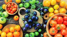 Rajčata můžete pěstovat nejen v různých velikostech, ale i barvách a chutích Easy Detox, Simple Detox, Unprocessed Food, Healthy Brain, Raw Vegetables, Essential Fatty Acids, Vitamins And Minerals, Fresh Fruit, Grain Free