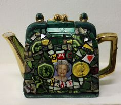 ' Bag Lady' mosaic teapot https://www.facebook.com/artkoremosaics?fref=ts