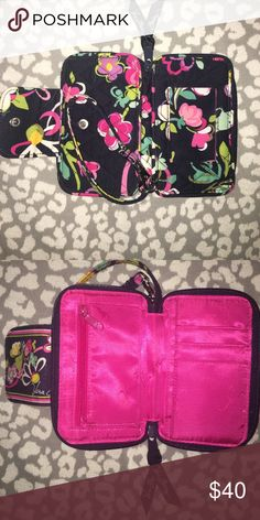 Vera Bradley wristlet Never used. Vera Bradley wristlet. iPhone 6 will fit in it Vera Bradley Bags Clutches & Wristlets