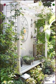 Garden Nook, Garden Spaces, Garden Art, Back Gardens, Small Gardens, Outdoor Gardens, Pot Jardin, Shabby Chic Garden, Gothic Garden