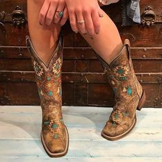 I like cowgirl boots in a boho outfit esque. I'm not a cowgirl and hate country music haha. Cute Cowgirl Boots, Cowboy Boots Women, Cute Boots, Cowgirl Boot Outfits, Cowgirl Dresses, Square Toe Cowgirl Boots, Cowgirl Outfits For Women, Turquoise Cowboy Boots, Corral Boots Womens